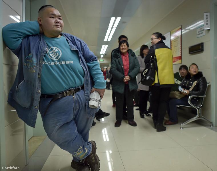 A férfi apja elmondta, hogy fia kiskora óta súlyproblémákkal küzdött,