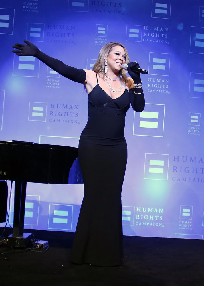 Pedig nem sok hiányzott, hogy tökéletesen elegáns és csinos legyen az énekesnő