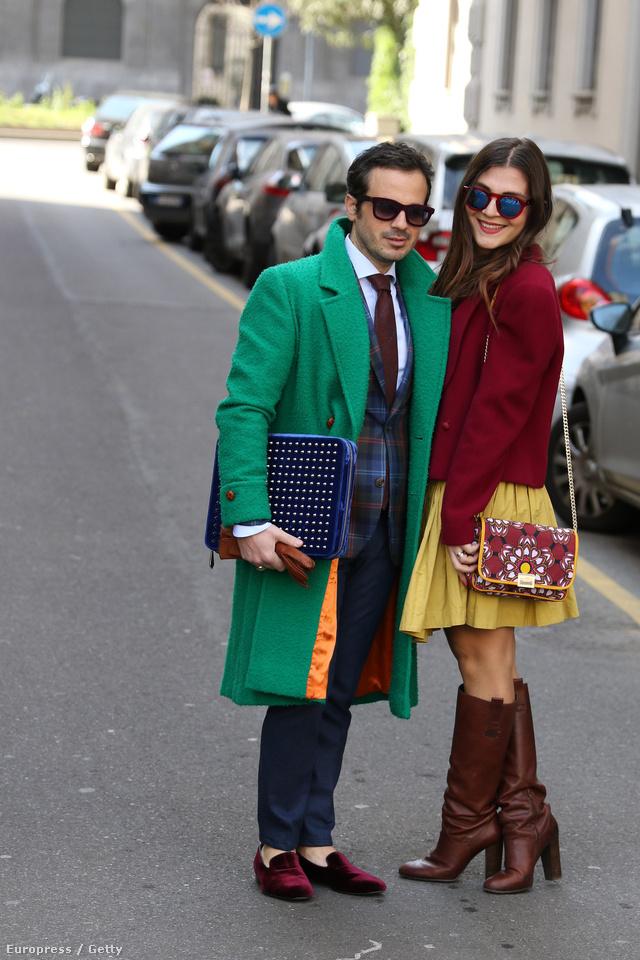 Klasszikus szettek, színes kabátok és bőrcipők a milánói divathéten.