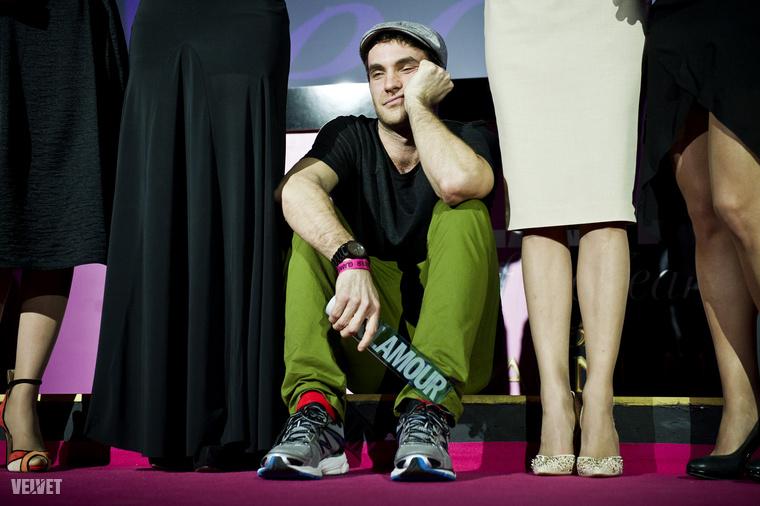 2012 izgalmai: a Carbonfools frontember Fehér Balázs kapott egy díjat, ami jól láthatóan az egész életét felforgatta.