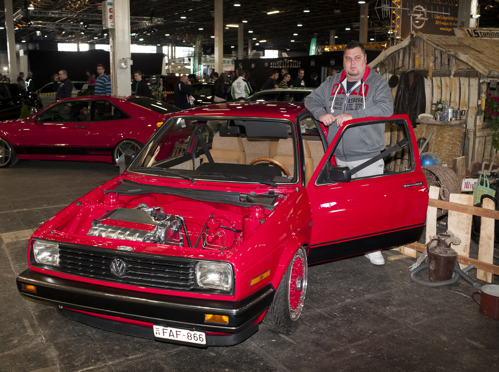 Végh Gábor / Békés                                           VW Golf II. VR6                                            5 000 000 Ft.