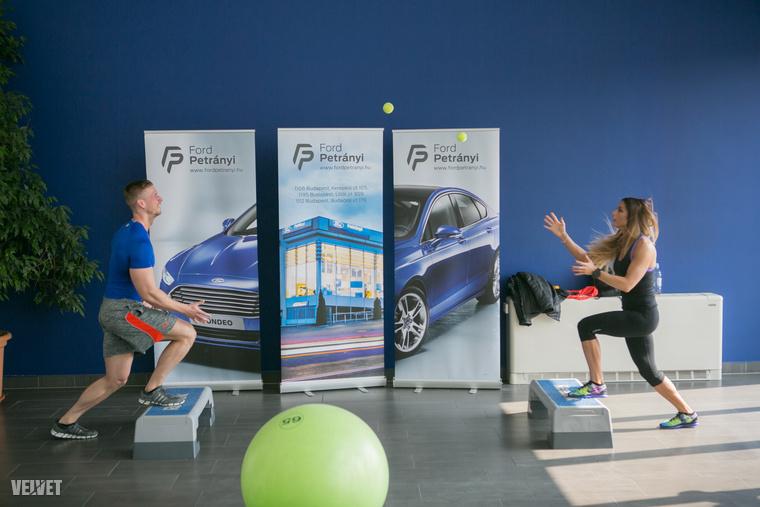 A Fit4Race egy nagyon kemény, komplex edzés, ami fejleszti az egyensúlyt, koordinációt, reakcióidőt és még a szellemi állóképességet is