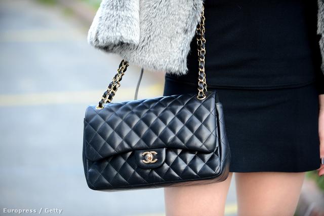 Befektetésnek sem rossz a Chanel táska.