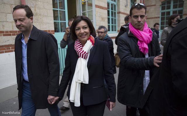 Anna Hidalgo, Párizs 55 éves főpolgármester asszonya.