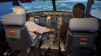 Kötelezően két embernek kell maradni a pilótafülkében