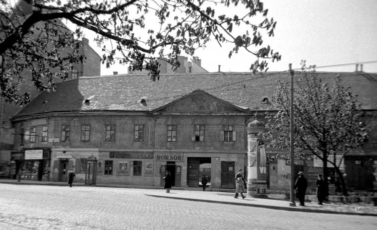 Az utcanévadó Teremtés-ház 1934-ben