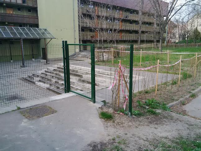 kerítés3