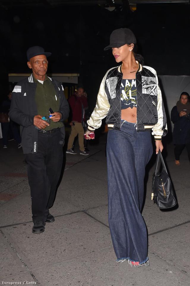 Naná, hogy Rihanna már tavaly beszerzett egy hasonló darabot.