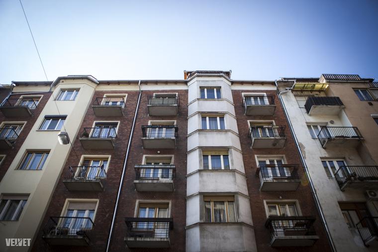 A kerület tele van hangulatos erkélyekkel, teraszokkal, amikbe első látásra bele lehet szeretni