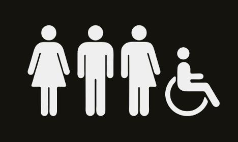 Ez a gender-neutrális piktogram kerül a stockholmi Sigtuna múzeum vécéire