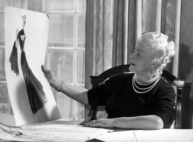 Nina Ricci párizsi műtermében az 1960-as években