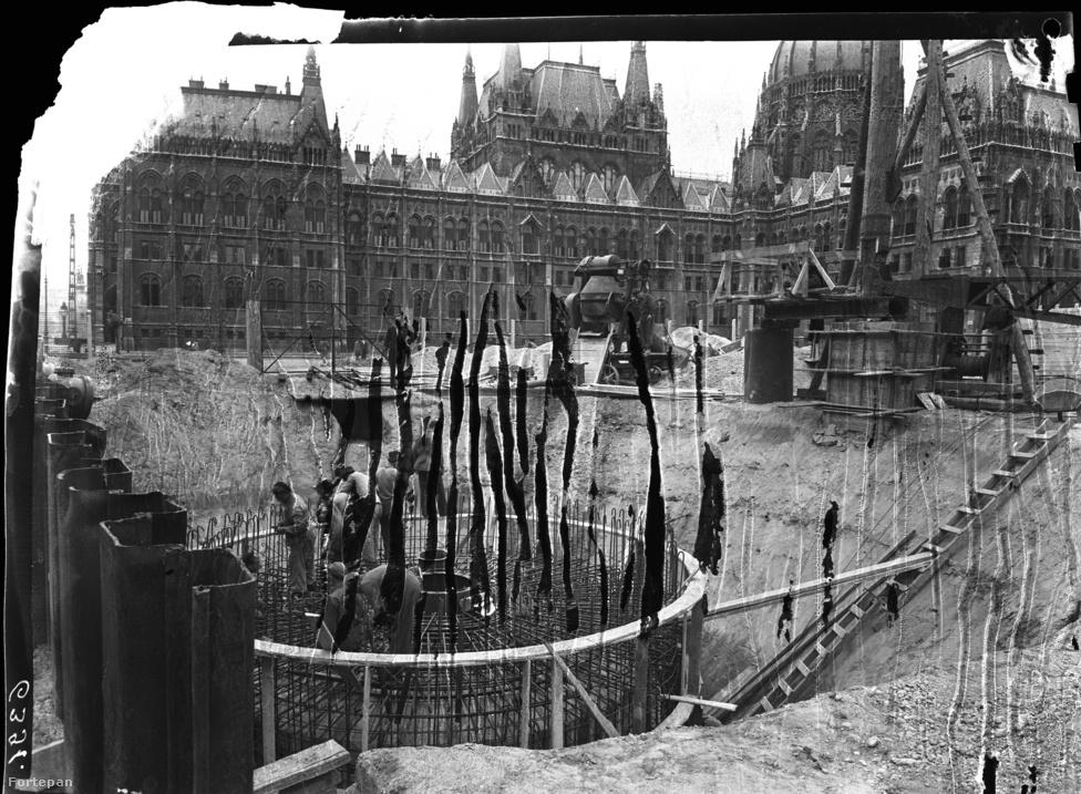 A korai időszak anyagai a metróépítési munkálatokról – amelyek 1950-ben indultak, de 1953-ban leálltak – nagyrészt elvesztek, ahogyan a felrobbantott hidak háború utáni helyreállítását bemutató képek nagy része is.