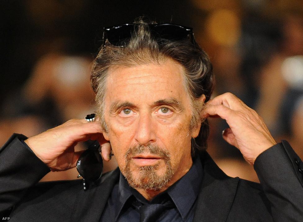 Al Pacinónak óriási rajongótábora van. Azon túl, hogy az igazi maffiózók (többek között Joey Adonis és Joe Bonano) odavannak a maffiafilmjeiért, az átlag mozinézők is kedvelik őt. Talán pont azért, mert maguk közül valónak tartják, és mert Pacino neve szinte sosem bukkan fel a bulvárlapokban életlen paparazzifotókkal olyan cikkekben, hogy megint részegen randalírozott egy puccos partin vagy három nőt vitt egyszerre a jachtjára pezsgős-kokainos bulit csapni.
