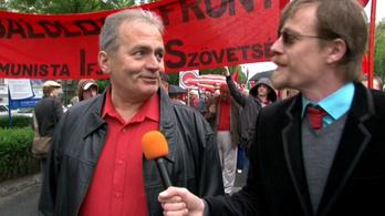 Küldenék Orbánnak egy Internacionálét