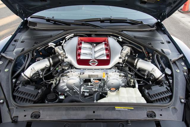 Sokáig sorhatosok voltak a GT-R-ben, ez az első V6-os