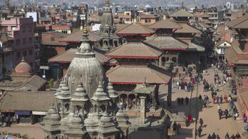 Ezek a felbecsülhetetlen értékek sérültek meg Nepálban