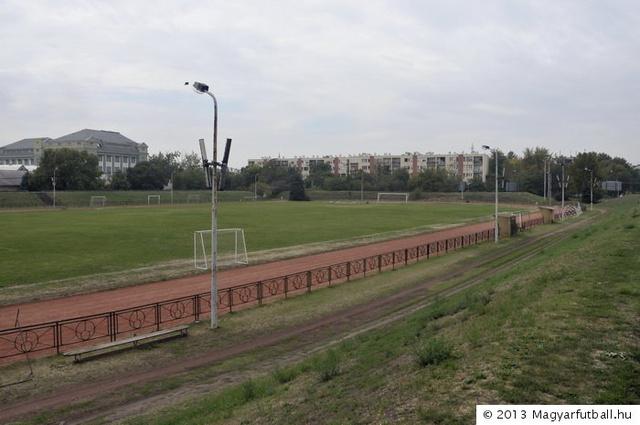 mogyoródi magyarfutball ground 225 003