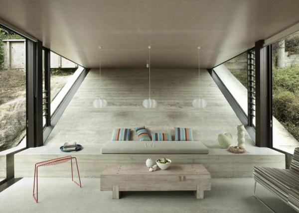 Amanda Yates lejtős betonfalát a korai Maori építészeti struktúrák ihlették.