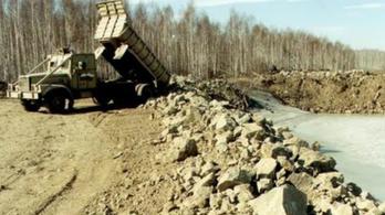 A tópart, ami durvább, mint Csernobil