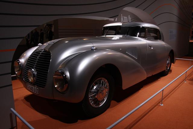 Mercedes 540 K Strom