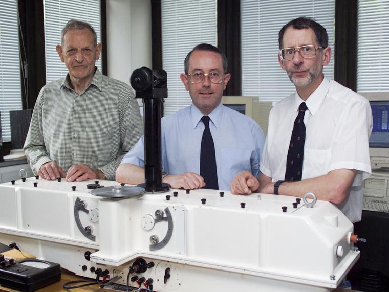 Joe Farman, Brian Gardiner és Jonathan Shaklin, az Antarktisz fölötti ózonréteg elvékonyodásának felfedezői.