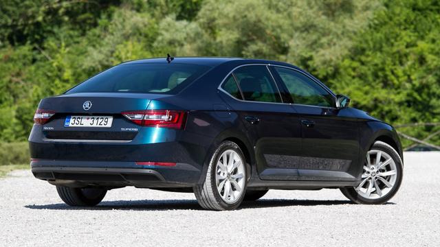 Az MQB-platform felér egy csodával a Škoda számára és Jozef Kabaň kíméletlenül ki is használta a lehetőséget...
