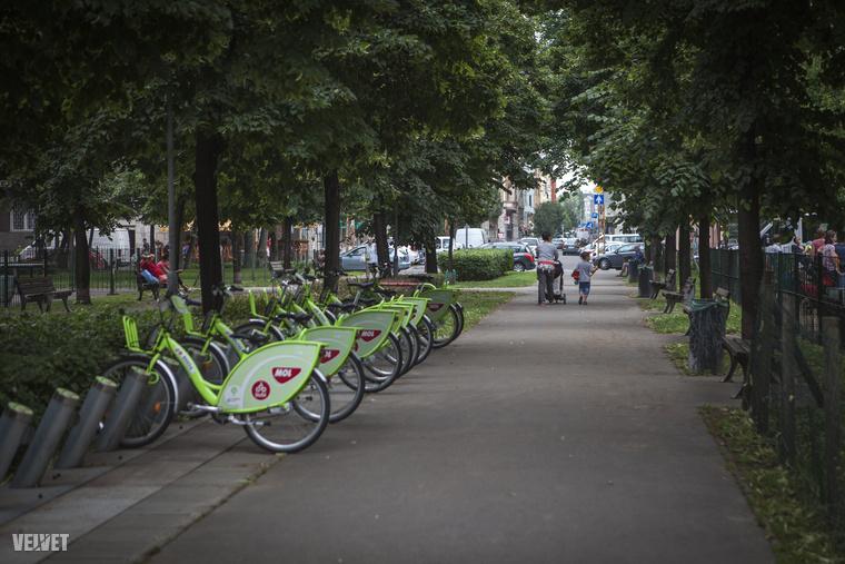A Szent István park és környéke biciklibarát.