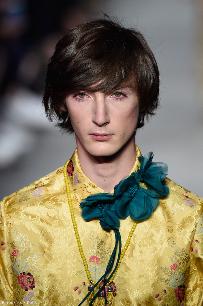 Ön már elkezdett spórolni? Hátha karácsonyra összejön egy eredeti Gucci férfiblúzra!