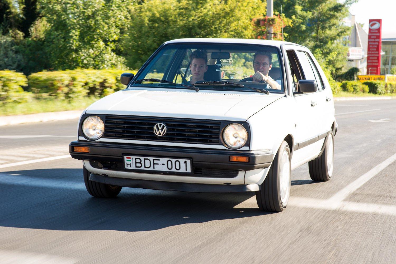 Audi magatol leparkol 658 - Si Foki Bundesliga