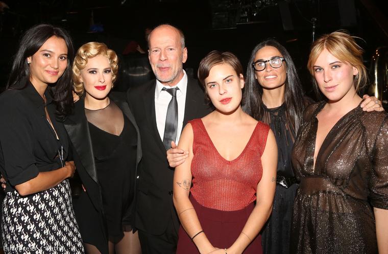 Bruce Willis Demi Moore-t és a lányait is meghívta 2009-es esküvőjére