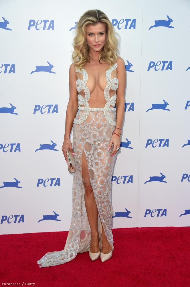 És persze így is, ahogy Joanna Krupa, csak akkor épp olyan olcsónak fog tűnni, mint ez  a szerencsétlen a PETA 35