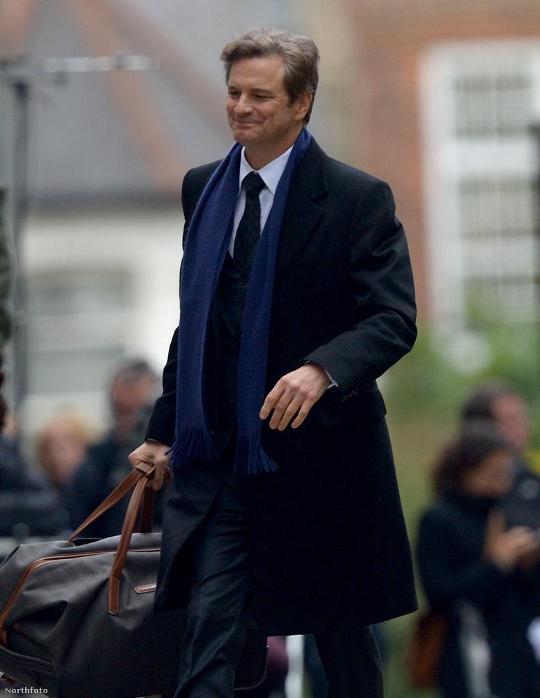 ezzel pedig Firthtől