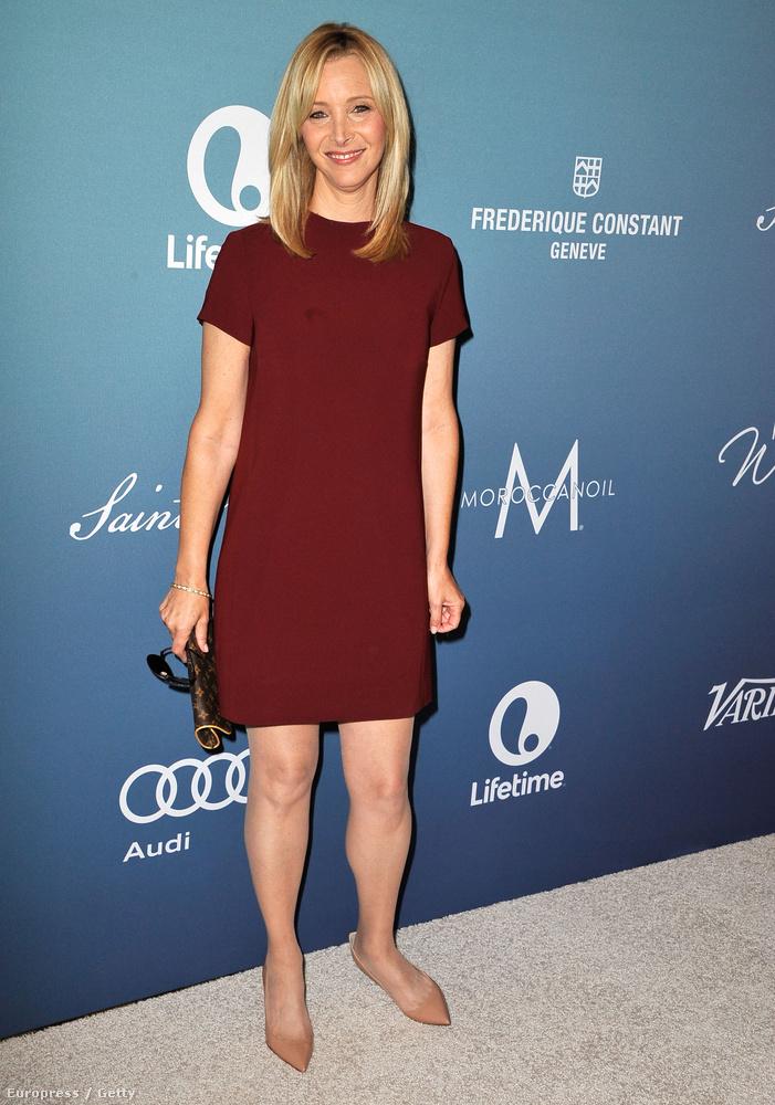 A Variety két évente kiosztja a Power Of Woman, azaz a nők ereje díjat Los Angelesben egy nagy gála keretein belül, ahova több híres és társadalmi kérdésekben aktív nőt is meghívnak, mint például Lisa Kudrowt