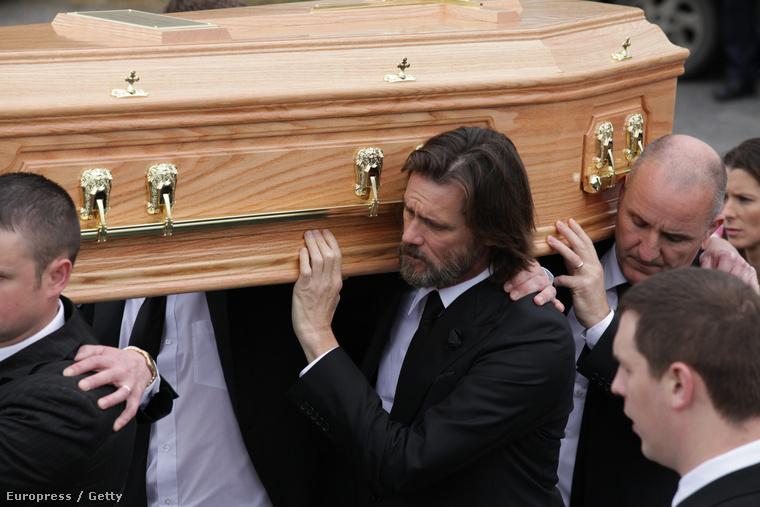 Szombaton eltemették Cathriona White-ot, Jim Carrey volt barátnőjét