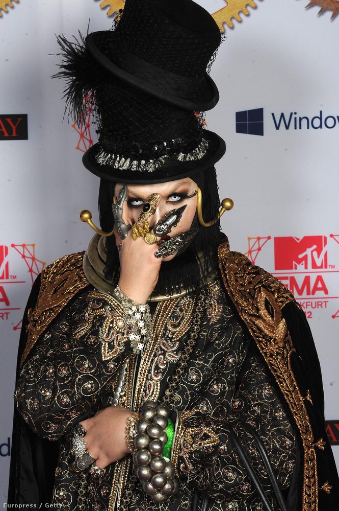2012-ben Daniel Lismore volt már annyira híres, hogy elhívták a frankfurti MTV EMA-kiosztóra