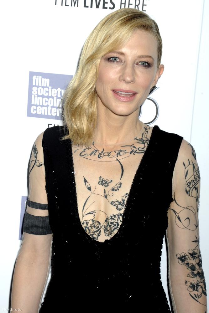 A történet az ötvenes évek New Yorkjában játszódik, Blanchett egy férjezett nőt alakít benne, akibe beleszeret egy fiatal lány.