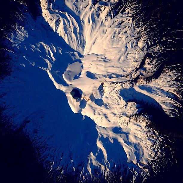 Új-Zéland, meg akarom érinteni a vulkánod - flörtölt ezzel a domborzattal.