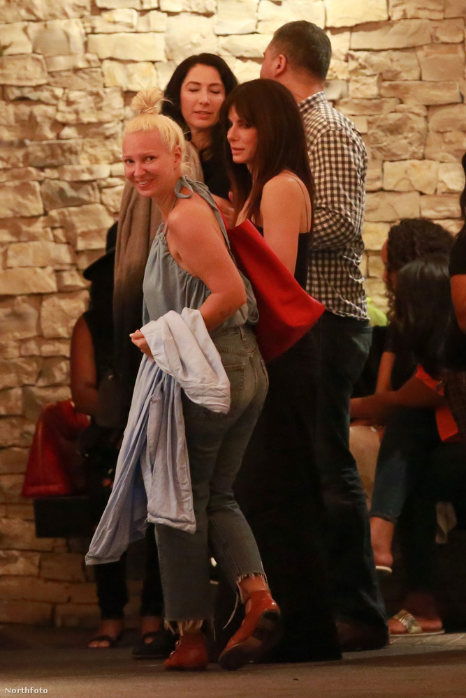 Szóval szokjon hozzá és tartsa tiszteletben: Sandra Bullock némi magánéletre vágyik.