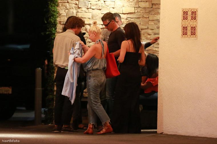 Nagyon valószínű, hogy az elkövetkező viszonylag hosszú időszakban csak ilyen fotókat láthat majd Sandra Bullockról