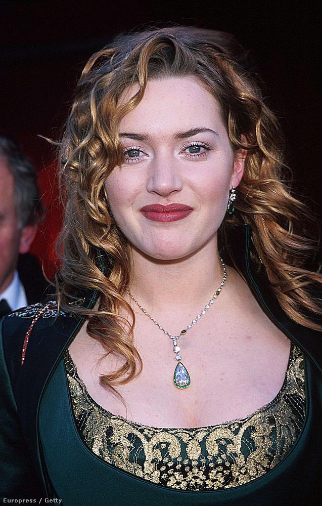 Ő volt a vöröshajú, vörös szájú, kicsit kerekfejű, angol színésznő