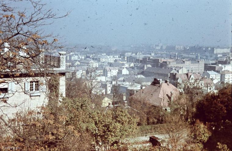 1941, Víziváros a Hunfalvy utca felől.