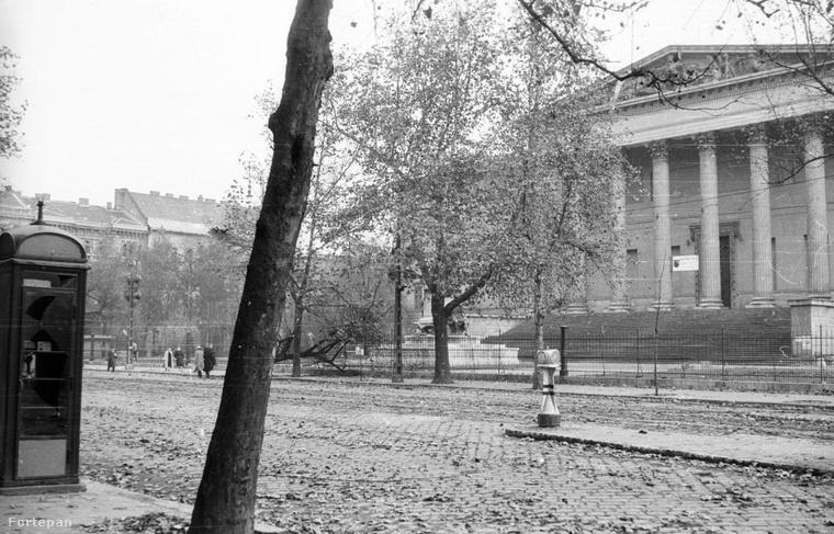 1956, Múzeum körút, Nemzeti Múzeum