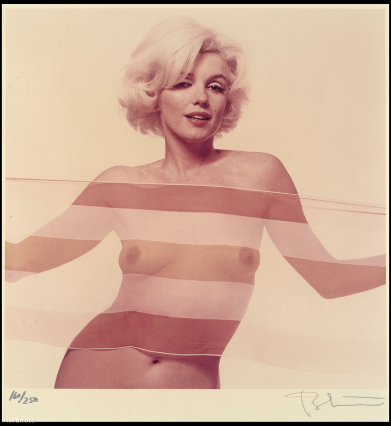 A festményekről térjünk rá a filmművészetre és a divatra, ugyanis egészen a kétezres évekig szinte alig változott valamit a tökéletes mell fogalma a művészetekben