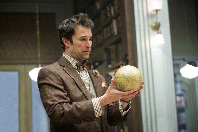 Noah Wyle két poén közt kinyomoz valami ősi rejtélyt