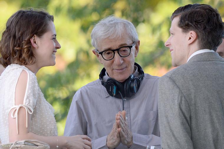 Woody Allen pedig elismerését fejezi ki.