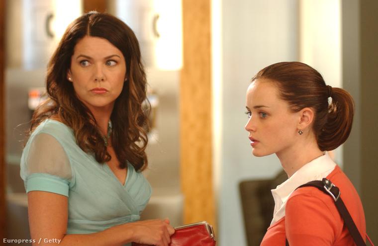 Lauren Graham, az anyuka-főszereplő, Alexis Bledel, a lánya, illetve Kelly Bishop (a nagymama, Emily Gilmore) és Scott Paterson (Luke) már tárgyalnak arról, mennyit is kapnak, ha újra előveszik a szerepüket.