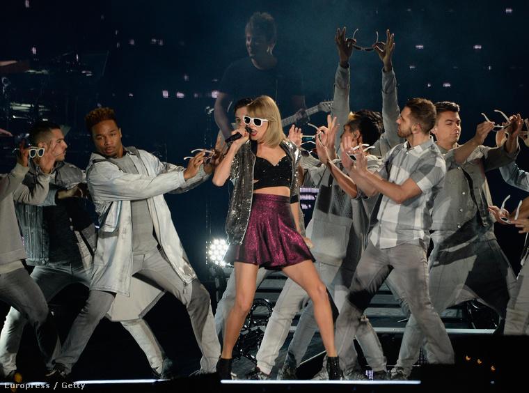 Taylor Swiftet 9 kategóriában jelölték idén az MTV EMA-re, ehhez képest némileg csalódás lehet, hogy csak 2 kategóriát húzott be