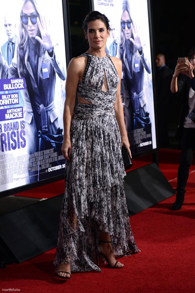 A Our Brand Is Crisis Los Angeles-i bemutatóján a ruhája is elég klassz volt.