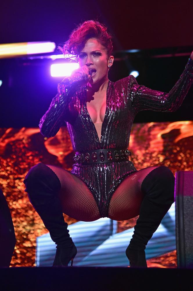 Jennifer Lopez a New York-iakat lepte meg ezzel a szettel                         és mozdulatsorral