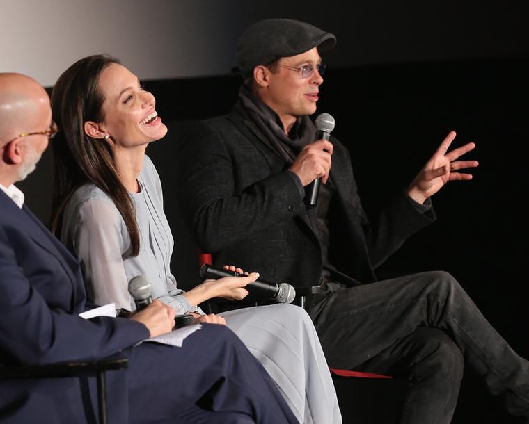 A színészházaspár együtt szerepel a romantikus drámában, amit Jolie írt és rendezett